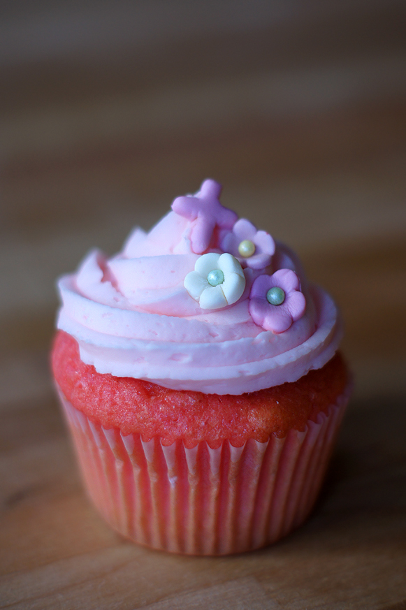 Floral Pink Baptism Cupcakes Mayhem In The Kitchen