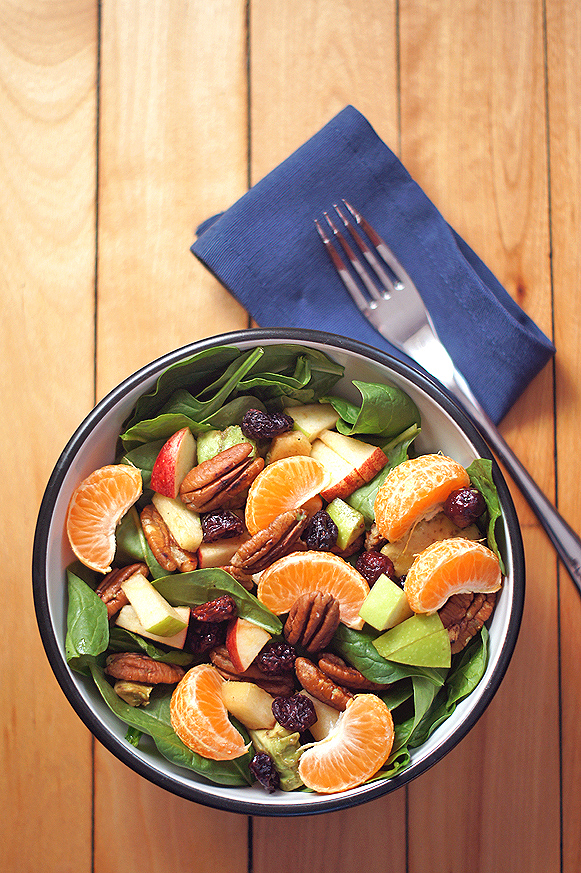 Spinach, Apple, Avocado, Cranberry, and Orange Salad with Balsamic Vinaigrette (accidentally #vegan)